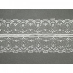 Koronka stabilna biała ze srebrną nicią wzór 165-2
