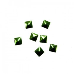 Blaszki termoprzylepne kwadraty zielone 6mm hfm-02/g