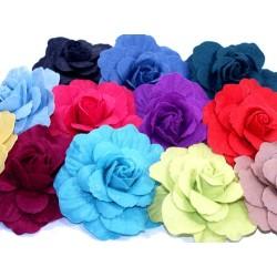 Filcowe róże kolory na agrafce KDO-050