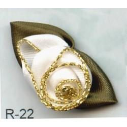 Różyczka na listku r-22