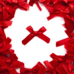 Kokardka atłasowa czerwona R-62