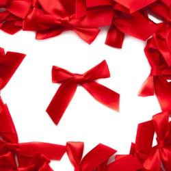 Kokardka atłasowa czerwona R-64