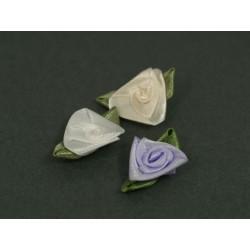 Różyczki atłasowe z listkiem 2,5cm r-08
